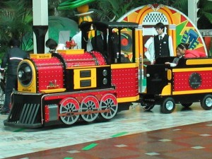 diamond-express-trackless-train